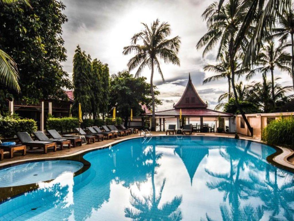 สมุย เซนส์ บีช รีสอร์ท (Samui Sense Beach Resort)