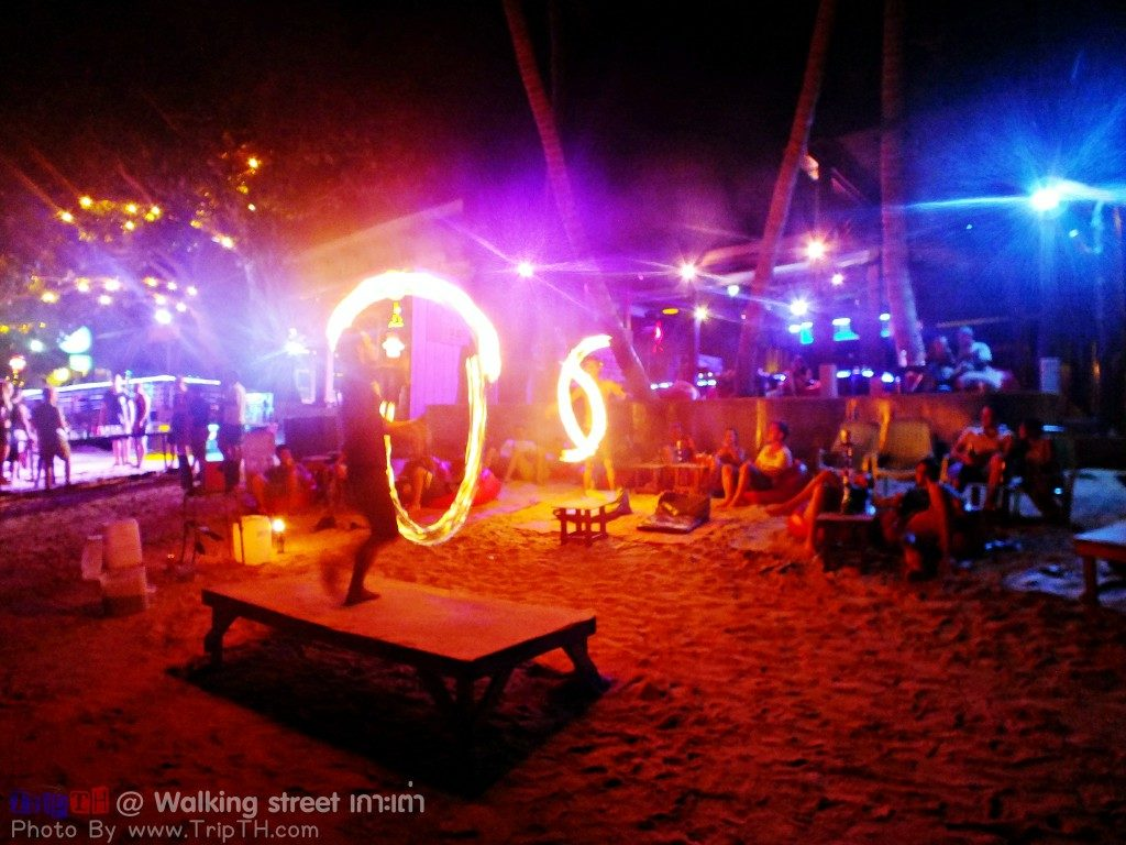 หาดทรายรี ยามค่ำคืน (3)