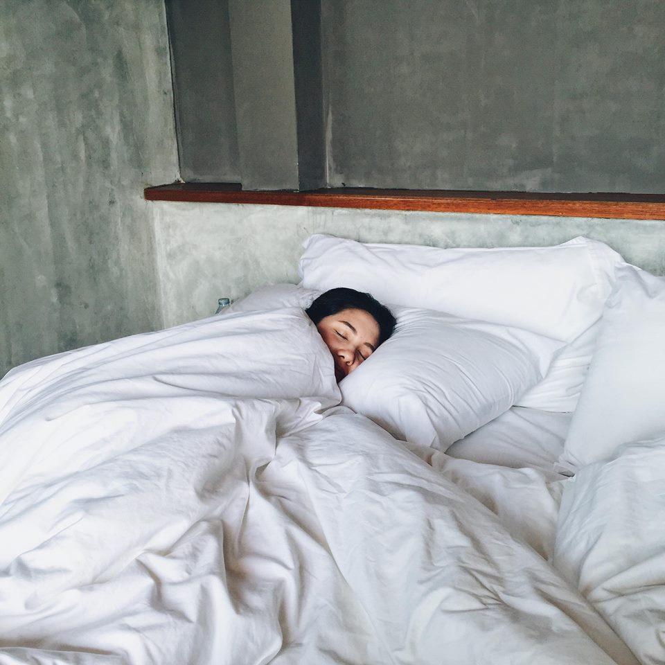 วันสุดท้ายขอนอนฟินๆก่อนกลับกรุงนะ ปล.เตียง นุ่ม มากกกก