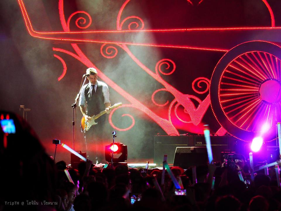 คอนเสิร์ต Skyconnection