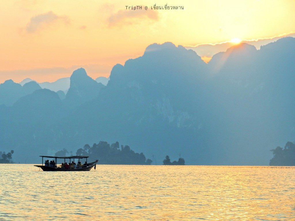 ล่องเรือ ชมหมอก เขื่องเชียวหลาน (3)