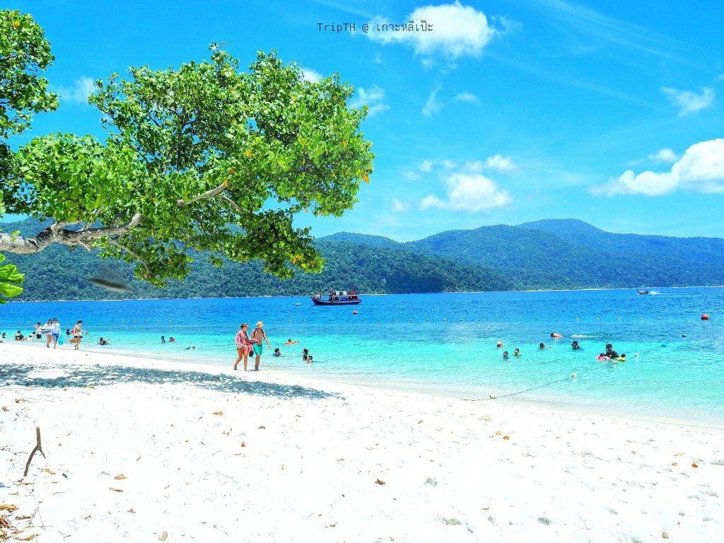 หาดทรายขาว เกาะราวี (2)