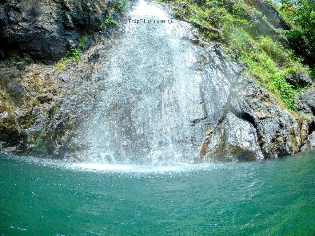 น้ำตกจ็อกกระดิ่น อุทยานแห่งชาติทองผาภูมิ (1)