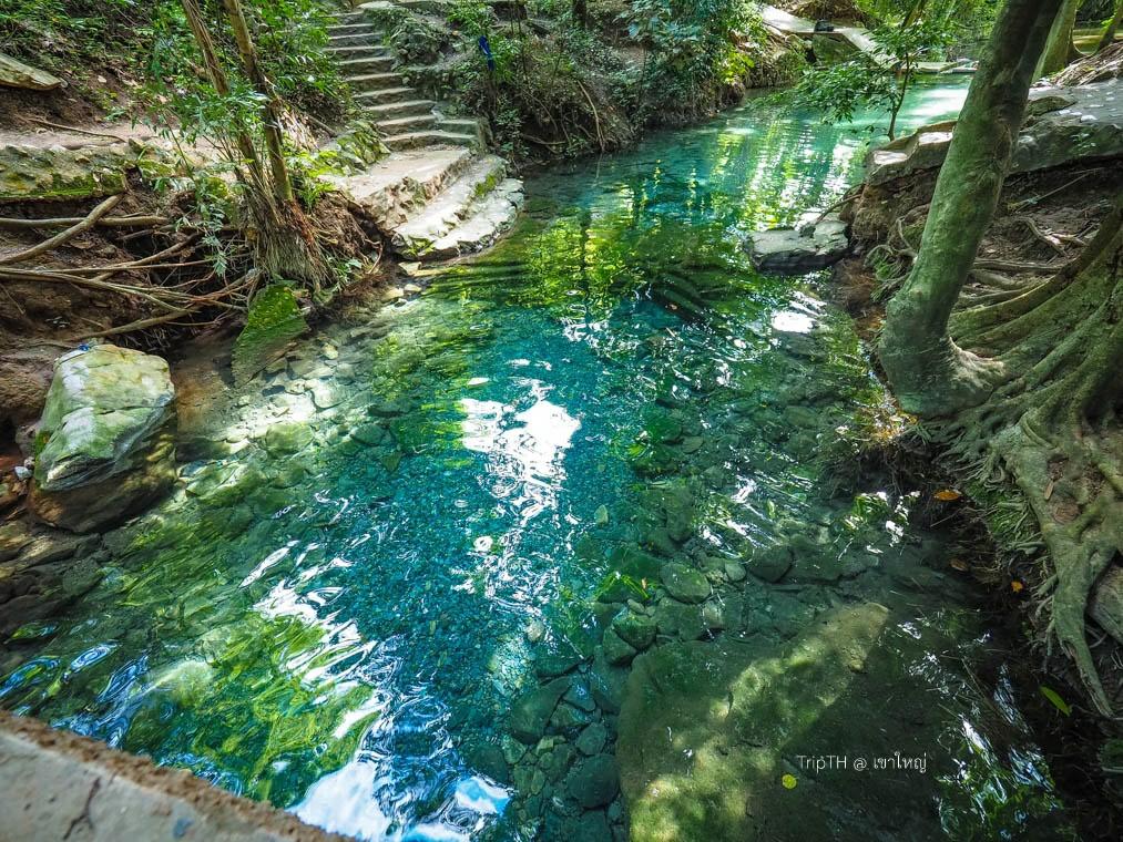บ่อน้ำผุดธรรมชาติ ปากช่อง (3)