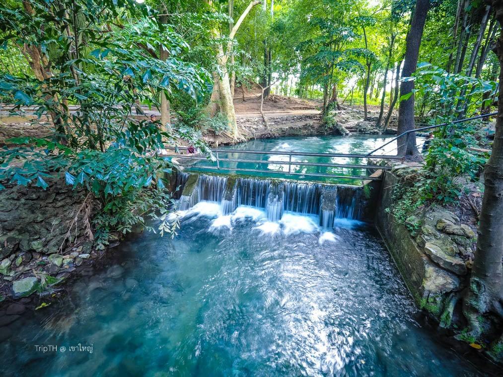 บ่อน้ำผุดธรรมชาติ ปากช่อง (2)