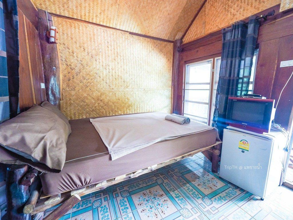ห้องพัก แพชายน้ำ (3)